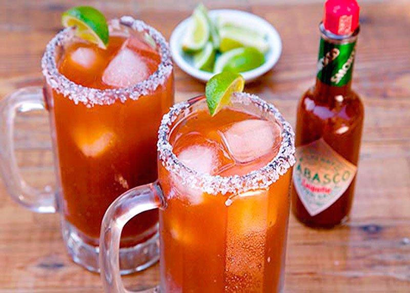 Мексиканский пивной коктейль Мичелада