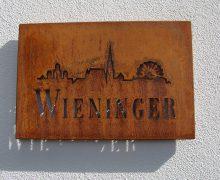Вино Weingut Wieninger Rosengartl Alte Reben (Вайнгут Винингер Розенгартль Альте Ребен)