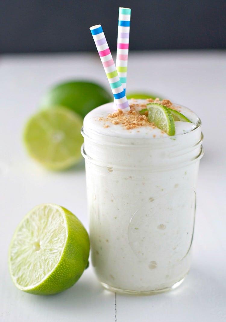 Молочный коктейль с лаймом