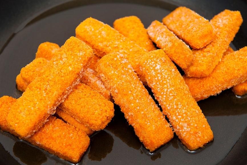 Соленые сырные палочки к пиву - рецепт закуски