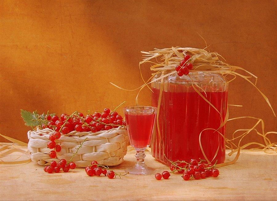 Ликер из красной смородины