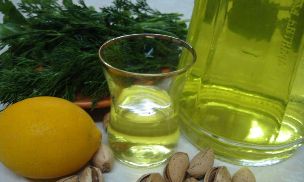 Рецепт лимонной настойки на водке и спирту