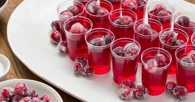 Коктейль-желе Клюква и водка (Vodka Cranberry)