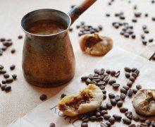 Кофе с инжиром и корицей
