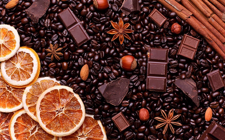 Горячий шоколад с корицей и апельсином