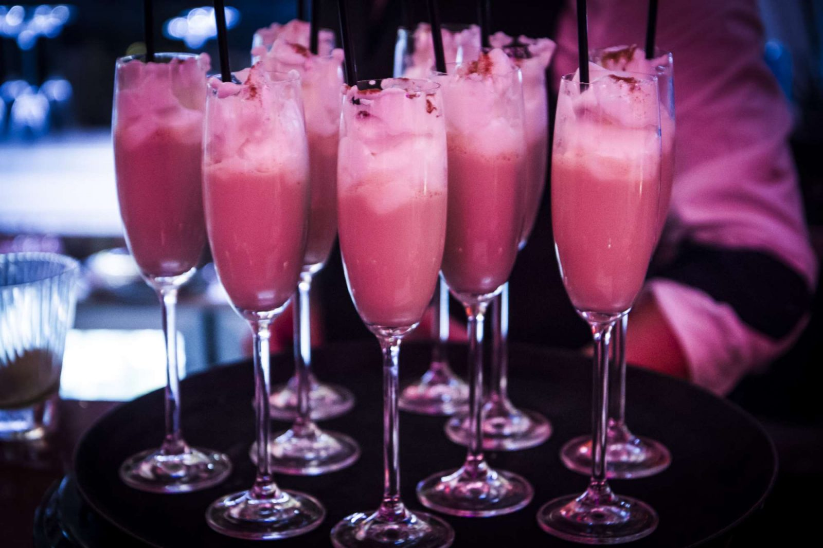 Коктейль Розовая пантера с яй